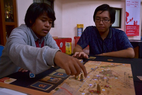 Serunya Bermain Board Game dan Card Game di Warung Games FTI